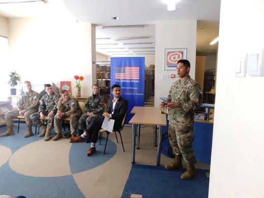 Дружење со војниците на САД и Македонија и мисијата на КФОР